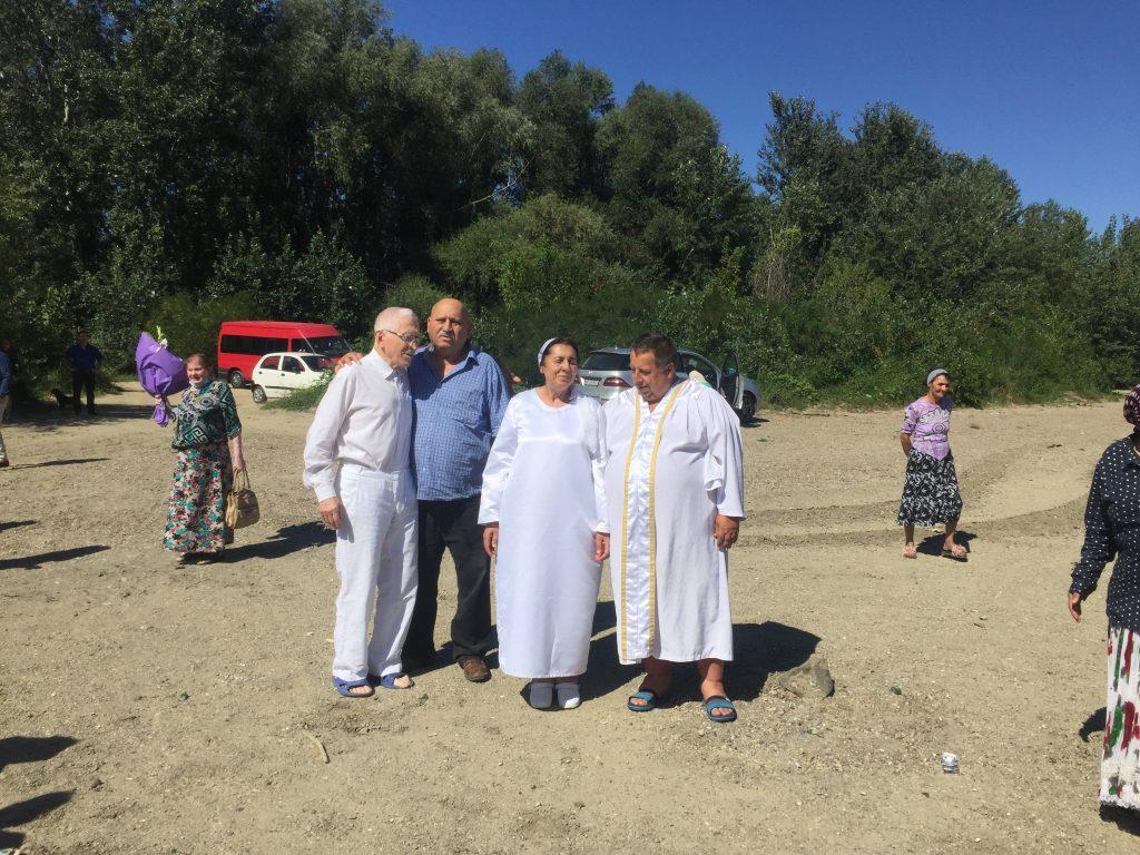 Botez in apa Muresului